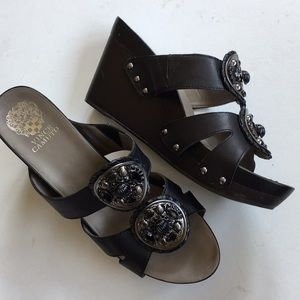 Like new Vince Camuto leather wedge sandals